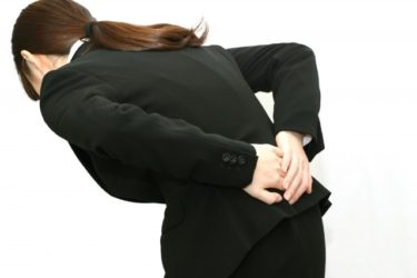 【ゴルフトレーニングの科学的根拠No.98】ゴルフに関連した腰痛と股関節の関係