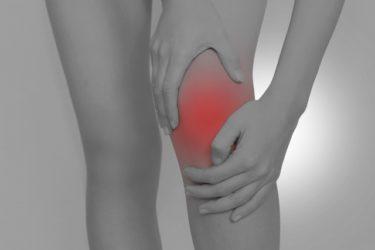【ゴルフトレーニングの科学的根拠No.15】ゴルフスイングにおける膝関節ストレス